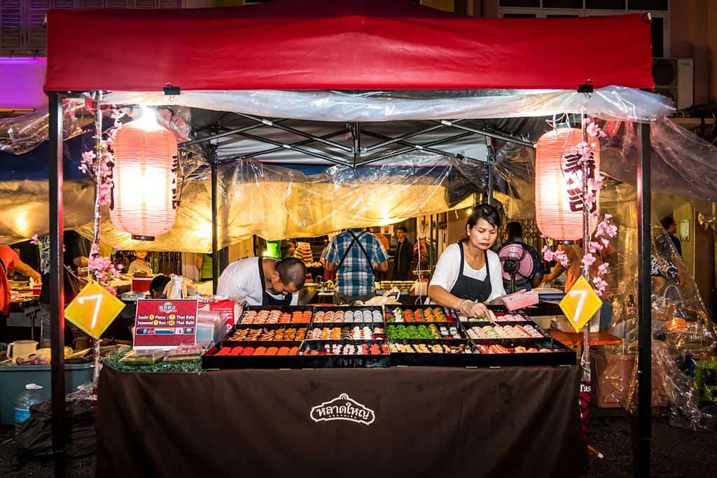 OTOP Market Phuket: The Greatest Patong Shopping Experience