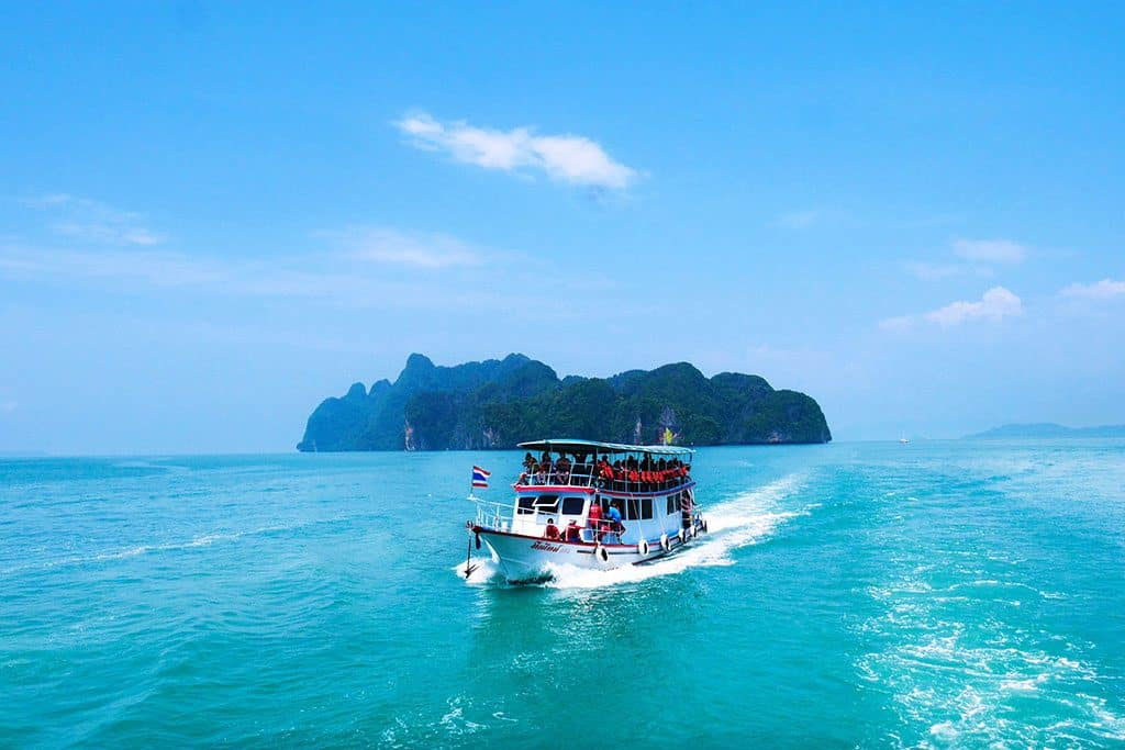 How to Get to Koh Phangan: Booking your bus, ferry or flight!