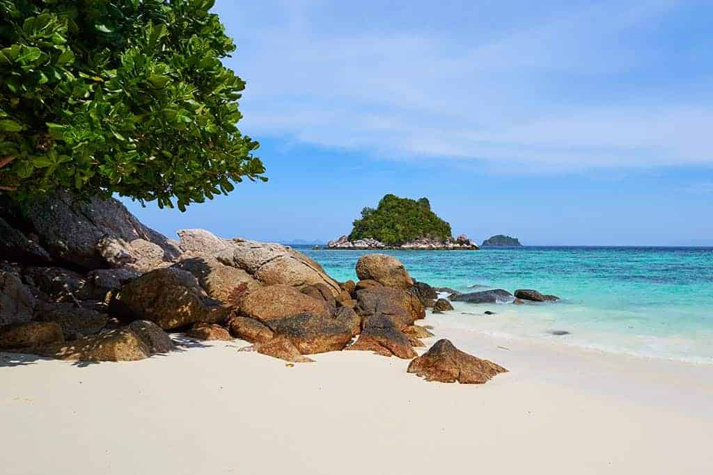 The Best Day Trips from Koh Samui: A Taste of Tropical Paradise