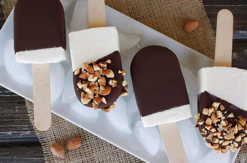 Chocolate dipped popsicles are probably the most normal of all desserts at Chatuchak market.