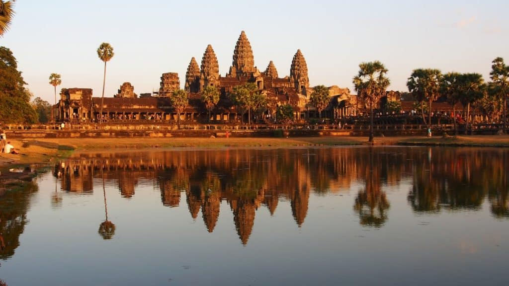 top 5 Cambodia facts